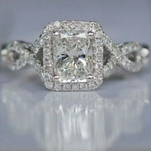 Stunning 5 star CZ Engagement Ring Size 7
